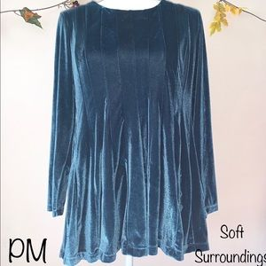 Soft Surroundings PM Long Sleeve Pleated Top